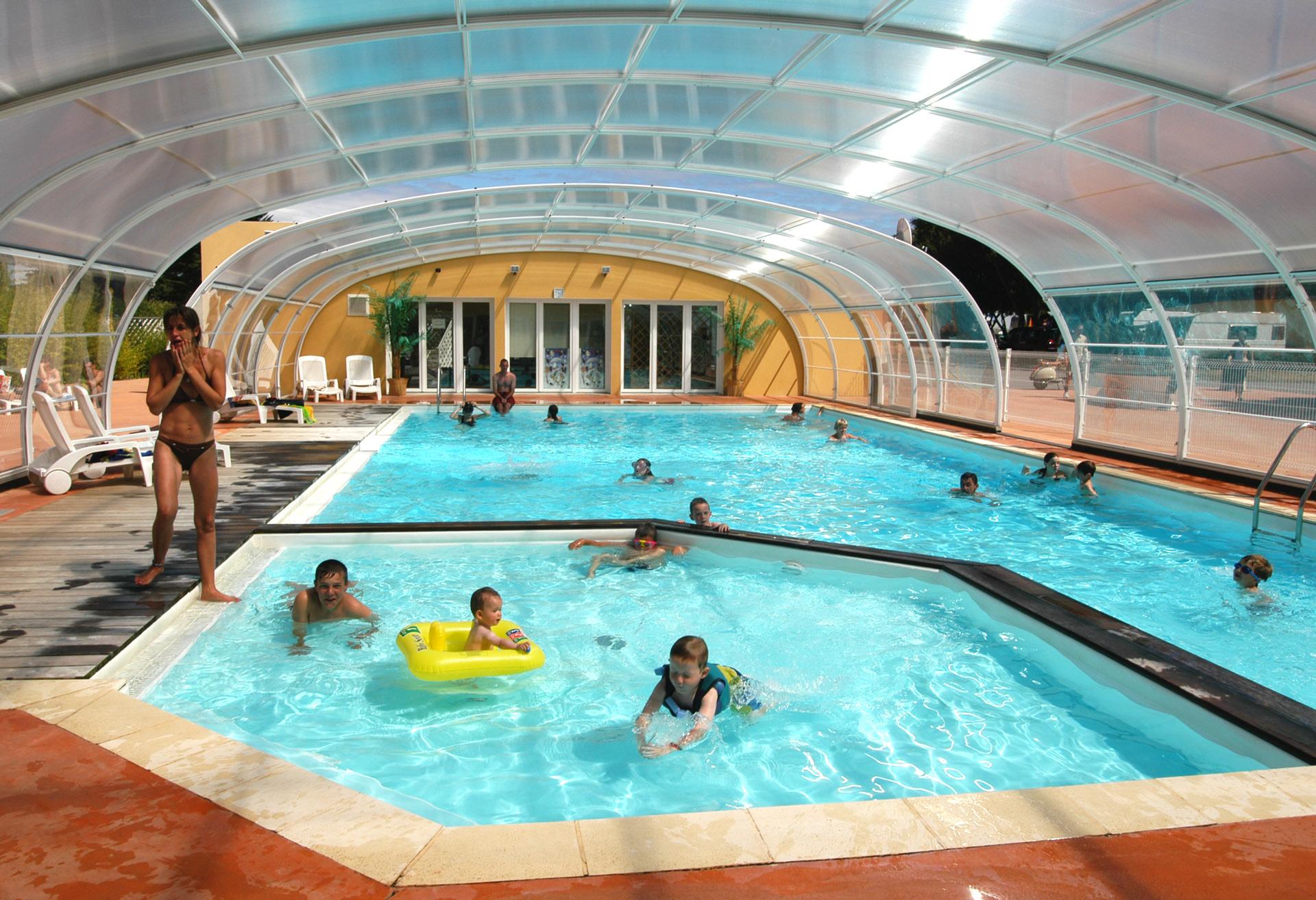 Int piscine couverte camping eleovic - Camping gerardmer piscine couverte ...